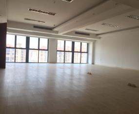 阳光·曼哈顿小区 5室 350㎡ 195万 精装修