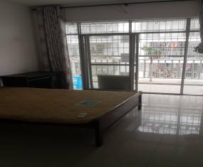 长荣新城 3室 113㎡ 1500元/月 普通装修